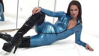 Looking well-schooled her latex lucubrate incomprehensible feels ok about bragging of her spoils