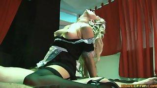 Blonde pornstar Syren Sexon sucks and rides in cowgirl. HD