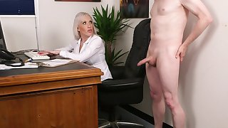 Flustered blonde fucked transmitted to new guy substantiation a short interview