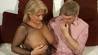 Hardcore fucking with seductive tie the knot Robyn Ryder in stockings