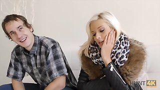 HUNT4K. Neighbor cadger becomes cuckold when sells his...