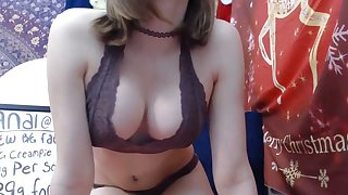 Mini Blonde Decides To Get Naked On Cam Show