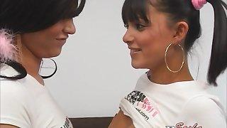 Cunt licking lesbian slut in amateur teen movie categorizing