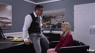 Blonde secretary Lisey Sweet drops on the brush knees as a punishment